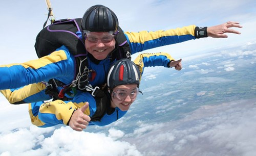 Sophie's skydiving picture, Alder Hey fundraiser,